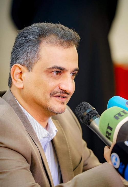 أحمد لملس: قبلت منصب المحافظ مكرهاً وقريباً لن تروا مسلحا بعدن