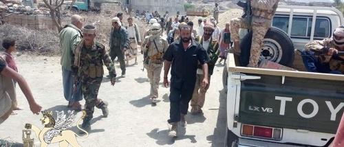 تفكيك اللواء 30 التابع للشرعية سمح بتقدم الحوثيين في جبهتي مريس والعود