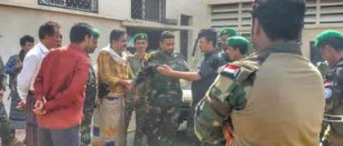 رئيس انتقالي شبوة يزور معسكر اللواء الثالث مهام خاصة (نخبة) ويشيد بصمود وثبات القوات فيه