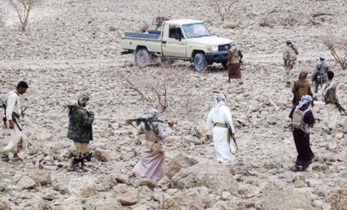 مليشيات الإخوان تزيل نقطة قبلية منعت السلاح عن الحوثيين