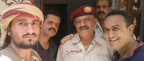 ناطق العسكرية بعدن : ليس من صلاحية المقدشي عزل قائد المنطقة بل الرئيس هادي