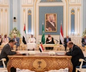 """محلل سياسي : الشرعية في الجنوب اليوم لإتفاق الرياض مثلما في صنعاء لـ """"اتفاق السلم والشراكة"""""""