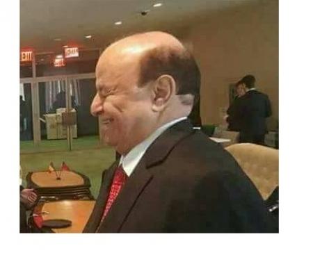 الرئيس هادي .. بين تربص الأقرباء ومكرهم ولدغ الغرباء ومؤامراتهم .. من ينتزع كرسي الحكم؟!