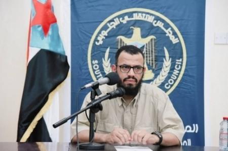 الشيخ بن بريك : قناتي ''العربية و الحدث'' تدار بعقلية قطرية