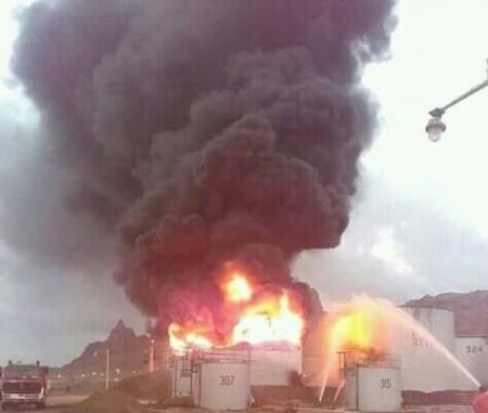 خبير نفطي يعلق علميا على حريق خزان المصفاة ومعلومات عن استهداف المنحة ''السعـودية''